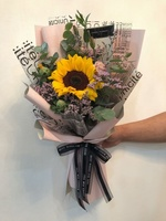 Used Big sunflower bouquet in Dubai, UAE