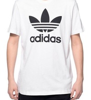 Used Adidas t shirt 😍 in Dubai, UAE
