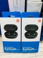 Used wireless earbuds basic in Dubai, UAE
