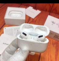 Used GET NOW AIRPOD PRO ✔️✔️ MASTER COPY in Dubai, UAE