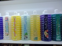 Used Avon bubble bath (pack of 3) in Dubai, UAE