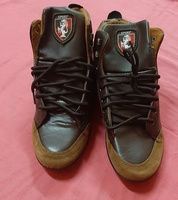 Used High leather casual shoes for men ! in Dubai, UAE