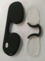 Used reading glasses nose clip in Dubai, UAE