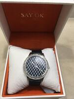 Used New watch with box in Dubai, UAE