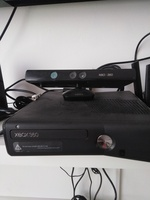 Used Xbox 360 with controller in Dubai, UAE