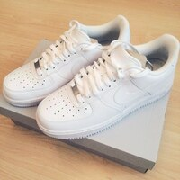 Used Nike air force 1 white ( unisex) in Dubai, UAE