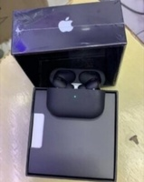 Used Black airpod pro sounds. deal 👍💪 WOW in Dubai, UAE