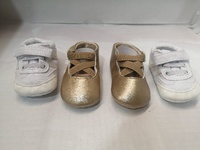 Used Bundel 2 pc baby shoes حزمة أحذية أطفال in Dubai, UAE