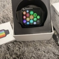 Used Deal of day ..smart watch series 6 in Dubai, UAE