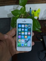 Used Apple iPhone 5 16GB..Battery Drain Pbm in Dubai, UAE