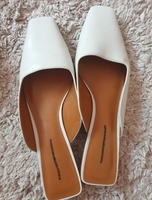 Used Branded charles and Keith White sandal in Dubai, UAE