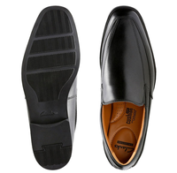 Used Clarks black leather __Offer in Dubai, UAE