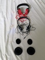 Used 2 Headsets *BROKEN* (FOR SPARE PARTS) in Dubai, UAE