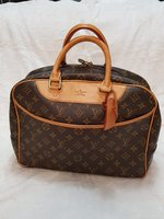 Used Louis Vuitton Bag Post#2 in Dubai, UAE