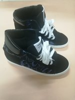 Used Breathable sneakers mens shoes in Dubai, UAE