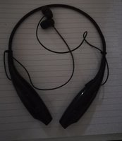 Used Bluetooth head set in Dubai, UAE