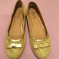 Lee Copper Shoes Still In Good Condition Gold 40 Size