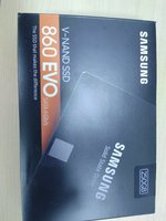 Used Samsung ssd 250gb with warranty 2pcs in Dubai, UAE