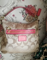 Used AUTHENTIC COACH SHOULDER BAG.. in Dubai, UAE