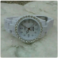 Used White LONDON watch for lady in Dubai, UAE