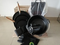 Used Adventuridge cast iron outdoor cookware in Dubai, UAE