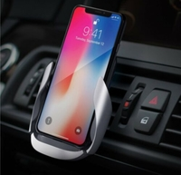 Used Autobot wireless charging car vent mount in Dubai, UAE