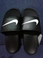 Nike slipper size 42