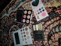 Palettes 30 each all original