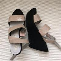 Wedges Black And Beige