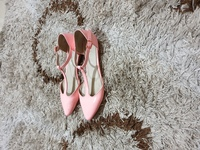Used Aldo Pink Sandals in Dubai, UAE