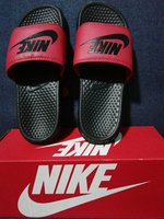 Size 41 Nike slipper
