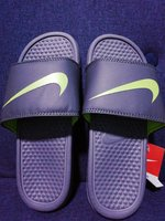 Size 39 Nike slipper a copy