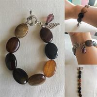 Multicolored Agate Stone Bracelet With Amethyst Crytal Charm