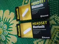 Bluetooth headset 2 pieces Good