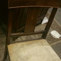 Used Antique Table And Chairs in Dubai, UAE