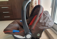 Used JUNIORS,  Infant car seat in Dubai, UAE