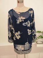 Used 4 pieces of WOMEN'S SHIRTS in Dubai, UAE