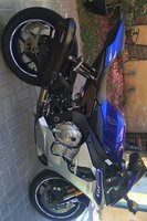 Used YAMAHA R1 in Dubai, UAE