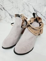 Used Women's strappy boots | Light Grey | S41 in Dubai, UAE