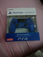 Used Sony ps4  wireless controller blue in Dubai, UAE