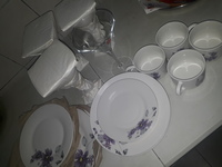 Used dinnerware in Dubai, UAE