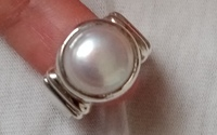 Used NATURAL FRESH WATER PEAR RING SIZE US 6 in Dubai, UAE