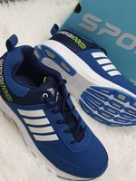 Used Shoes new 43 best quality,., in Dubai, UAE