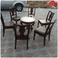 Used SOLID WOOD 6 pcs chairs with round table in Dubai, UAE