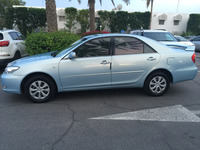 Used Camery Manual 2004 in Dubai, UAE