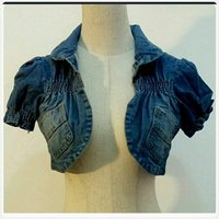 Used Brand new denim crop top small size. in Dubai, UAE