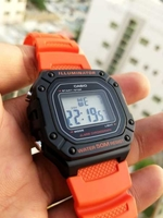 Original Casio illuminator Watch.》New