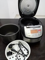 Used Sinbo rice and food electric cooker in Dubai, UAE