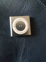 Used Apple ipod shuffle 2gb in Dubai, UAE