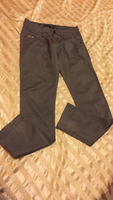 Used 28waist low waist stretchable trousers  in Dubai, UAE